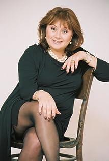 Hana Laslo Picture