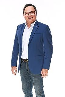 Arnold Clavio Picture