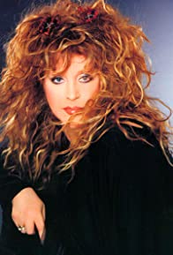 Primary photo for Alla Pugacheva