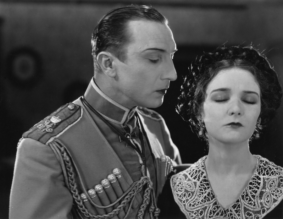 Ivan Mozzhukhin and Mary Philbin in Surrender (1927)