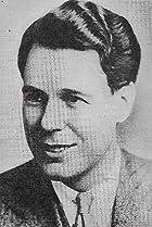 Everett Marshall