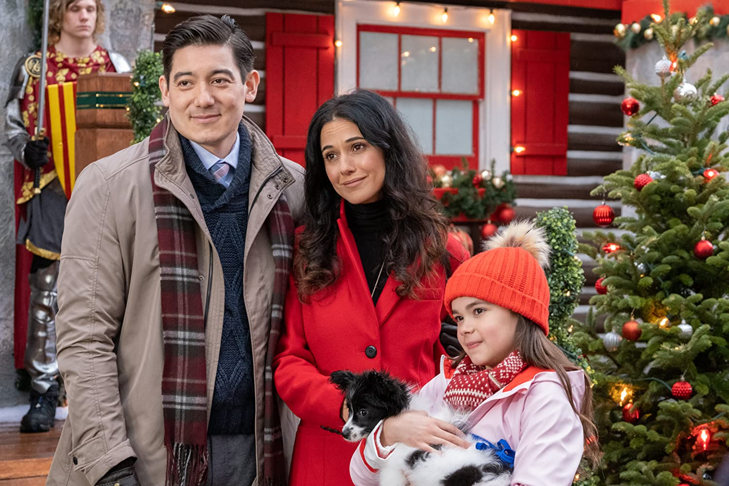 Emmanuelle Chriqui and Isabelle Franca in The Knight Before Christmas (2019)