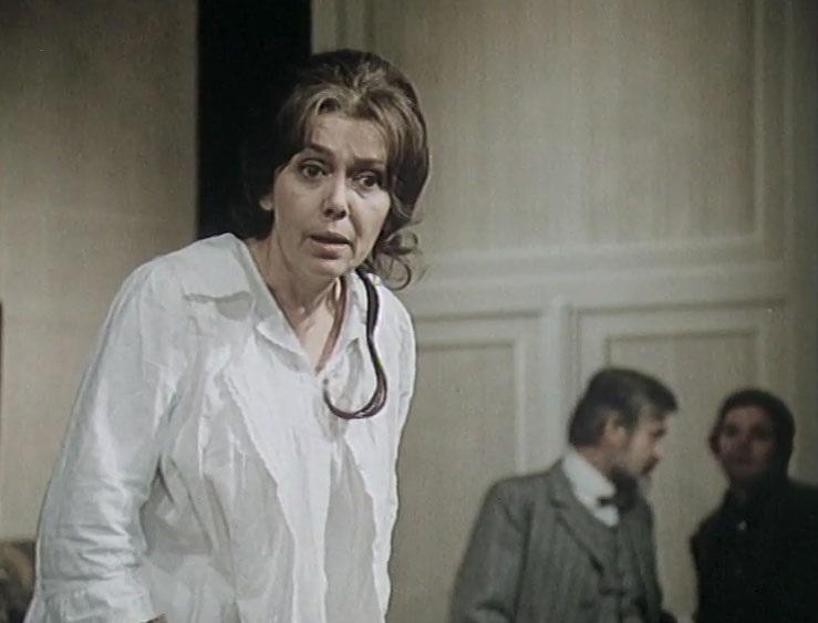 Jirina Jirásková in Úteky domu (1980)