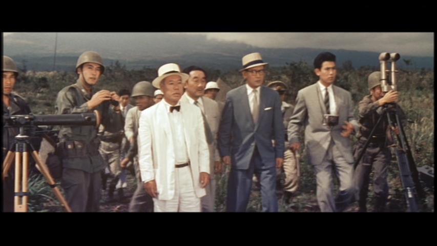 Fuyuki Murakami, Tadao Nakamaru, Tetsu Nakamura, Kenji Sahara, and Takashi Shimura in Chikyû Bôeigun (1957)