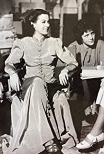 Viola Lawrence Picture