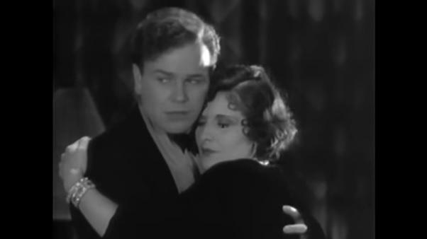 Evelyn Brent and Regis Toomey in Framed (1930)
