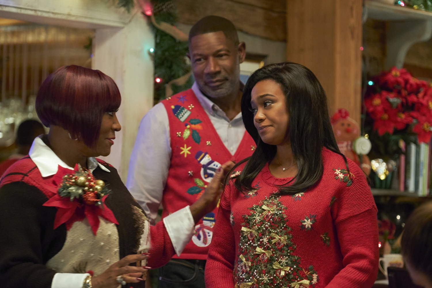 Tatyana Ali, Dennis Haysbert, and Patti LaBelle in Christmas Everlasting (2018)