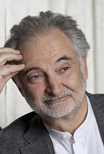 Jacques Attali Picture