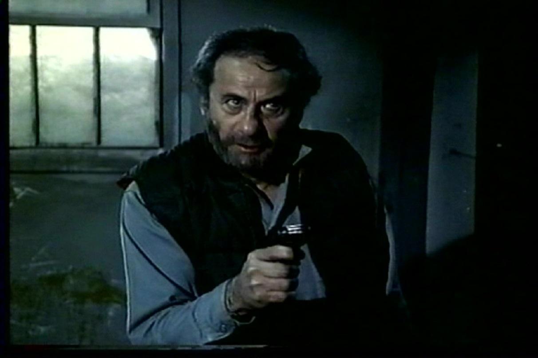 Eli Wallach in A Cold Night's Death (1973)