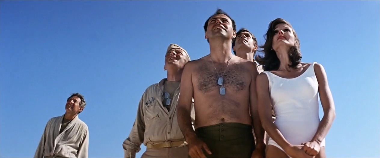 Alan Arkin, Anthony Perkins, Norman Fell, Jack Gilford, and Paula Prentiss in Catch-22 (1970)