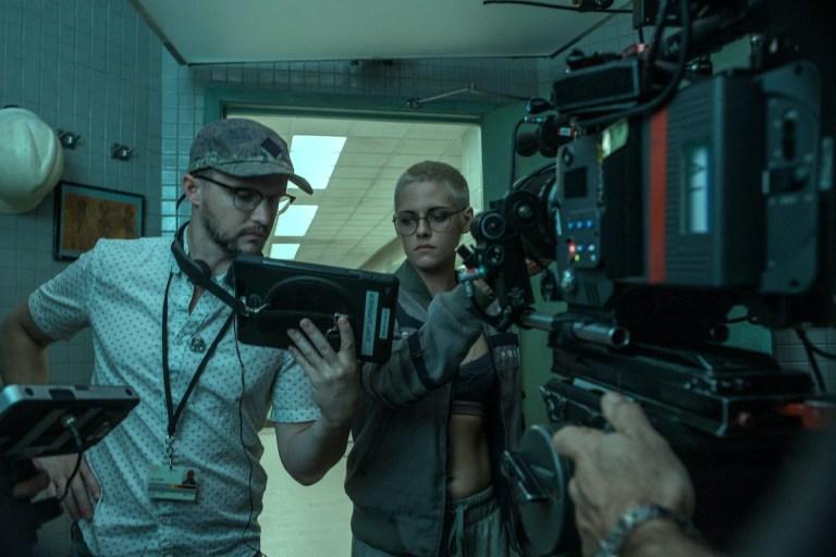 Kristen Stewart and William Eubank in Underwater (2020)