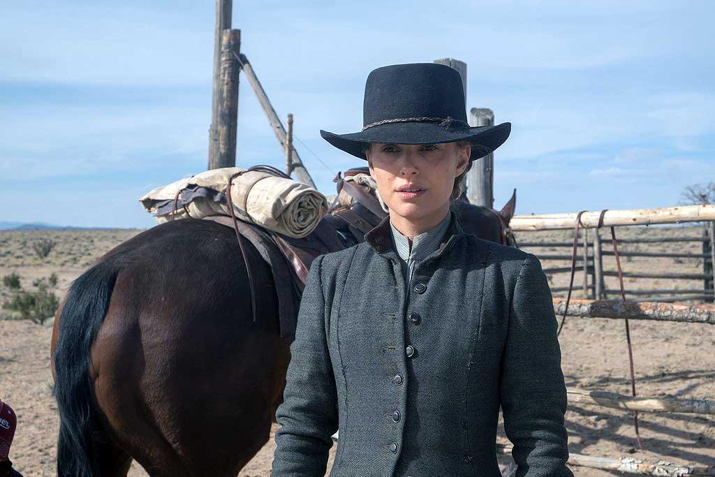 Natalie Portman in Jane Got a Gun (2015)