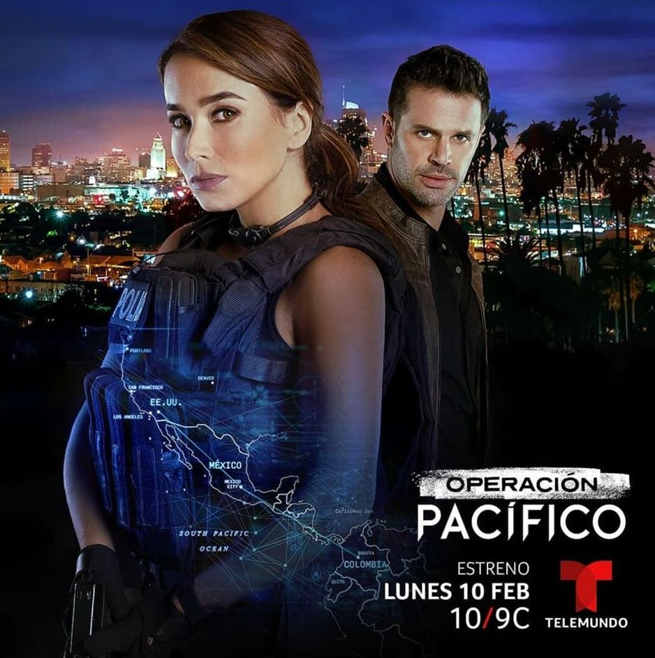 Mark Tacher and Majida Issa in Operación Pacífico (2020)