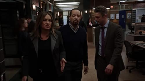 Law & Order: Special Victims Unit: The Team Tries To Figure Out A Murderer's Motives