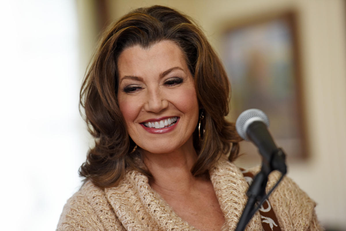 amy grant michael w smith with jordan smith christmas under the stars 2016