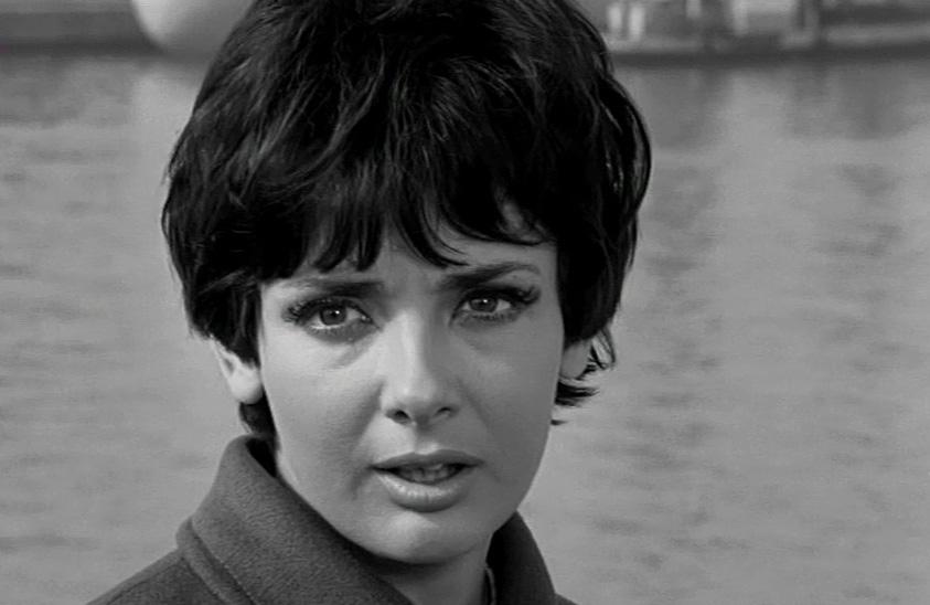 Xenia Kalogeropoulou in Kathe katergaris ston pago tou (1969)