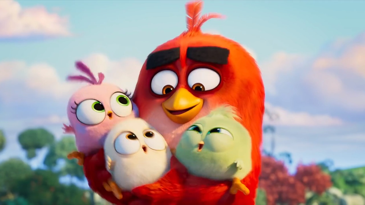 Jason Sudeikis and Brooklynn Prince in The Angry Birds Movie 2 (2019)