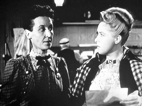 Ann Richards and Virginia Sale in Badman's Territory (1946)