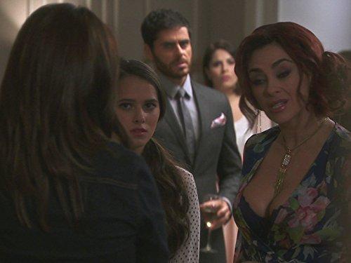 Aracely Arámbula, Andrea Martí, José María Galeano, and Michelle Olvera in La Doña (2016)