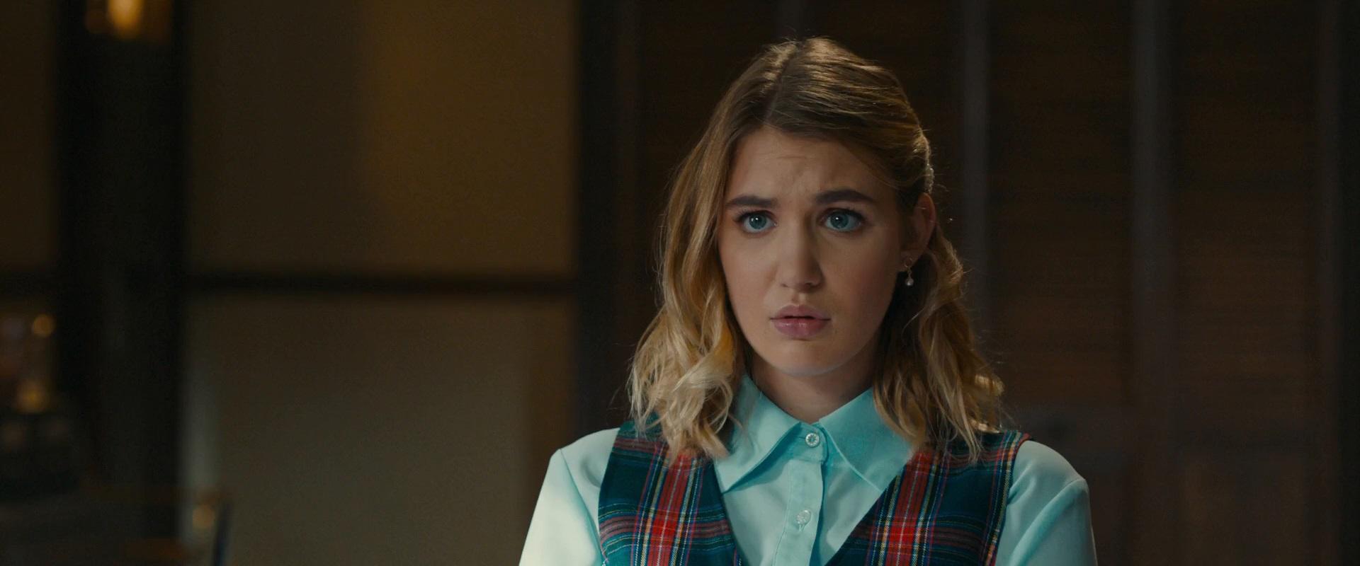 Sophie Nélisse in The Kid Detective (2020)