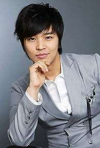Primary photo for Jeong-hoon Kim