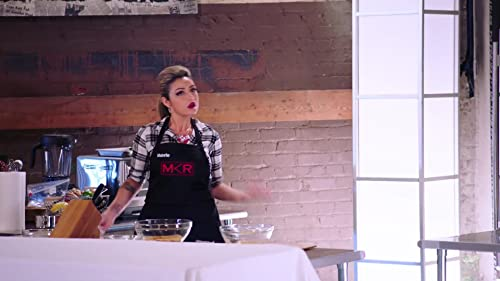 My Kitchen Rules: Leah Remini Gets Artsy