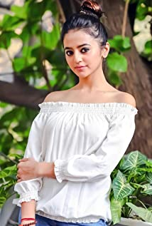 Helly Shah Picture