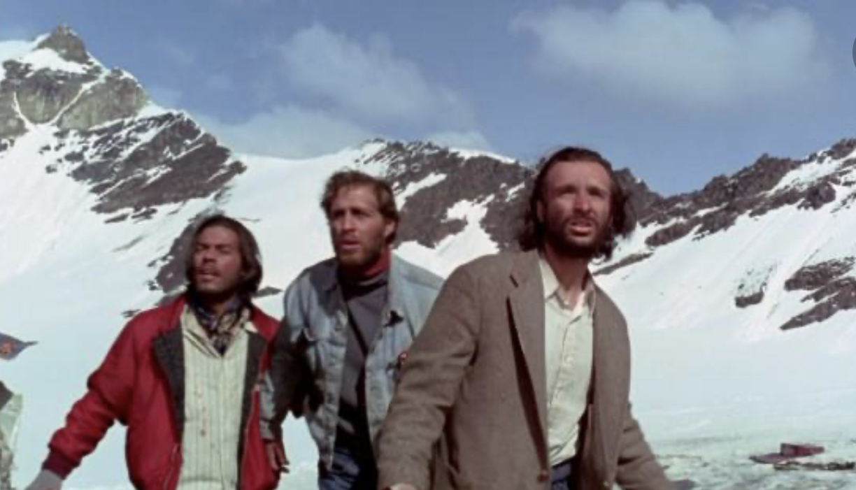 John Cassini, Gian DiDonna, and Bruce Ramsay in Alive (1993)