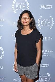 Leena Pendharkar Picture