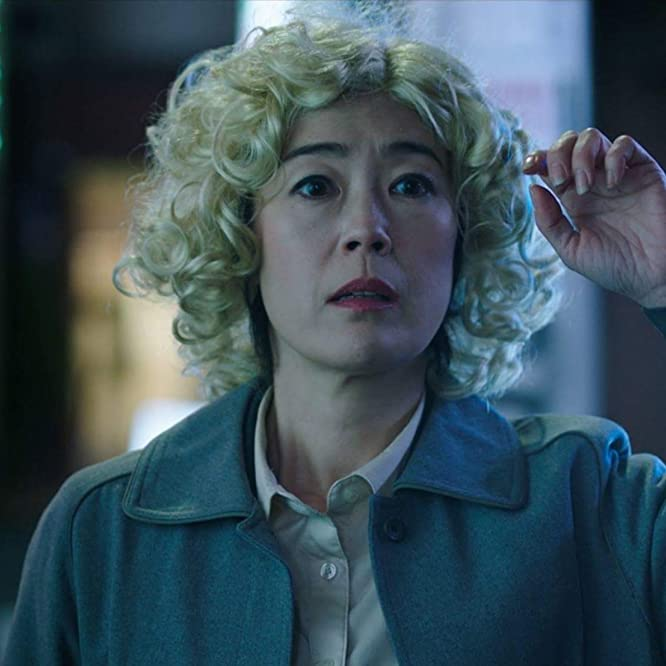 Shinobu Terajima in Oh Lucy! (2017)