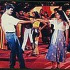 Shalini and Joseph Vijay in Kannukkul Nilavu (2000)