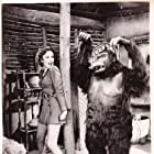Frances Gifford and Emil Van Horn in Jungle Girl (1941)