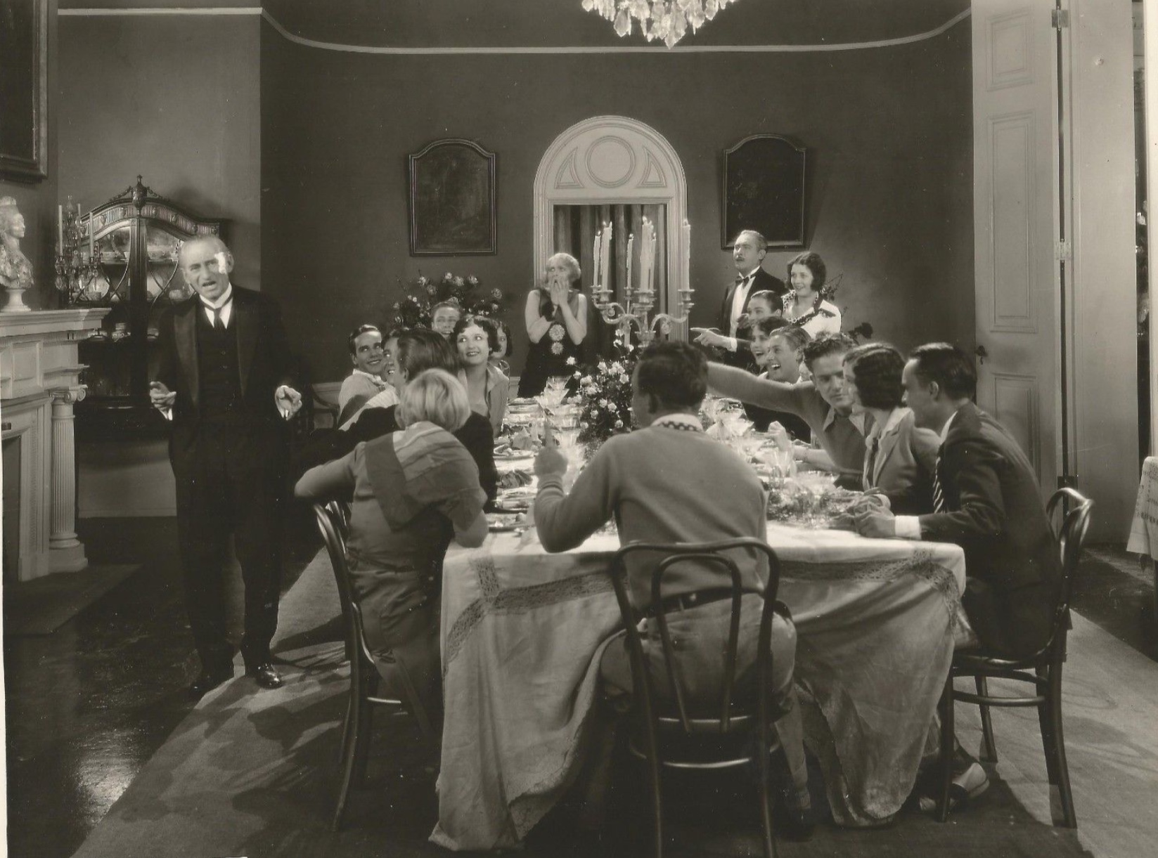 Robert Bolder, Lew Cody, Marceline Day, Ruth Holly, Patsy Kelly, Aileen Manning, Edward J. Nugent, Aileen Pringle, and Kathlyn Williams in A Single Man (1929)