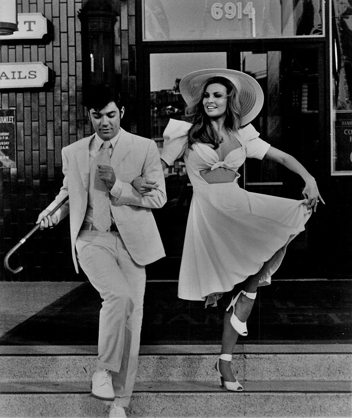 Raquel Welch and Rex Reed in Myra Breckinridge (1970)