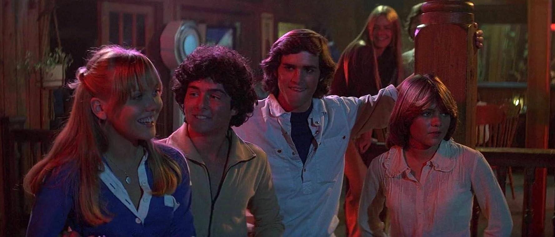 Fălci 2 - Jaws 2 (1978) Online Subtitrat in Romana