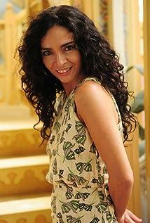 Claudia Ohana Picture