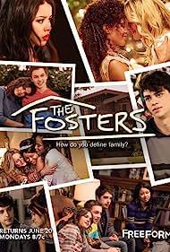 Teri Polo, Sherri Saum, Cierra Ramirez, Maia Mitchell, Noah Centineo, David Lambert, and Hayden Byerly in The Fosters (2013)