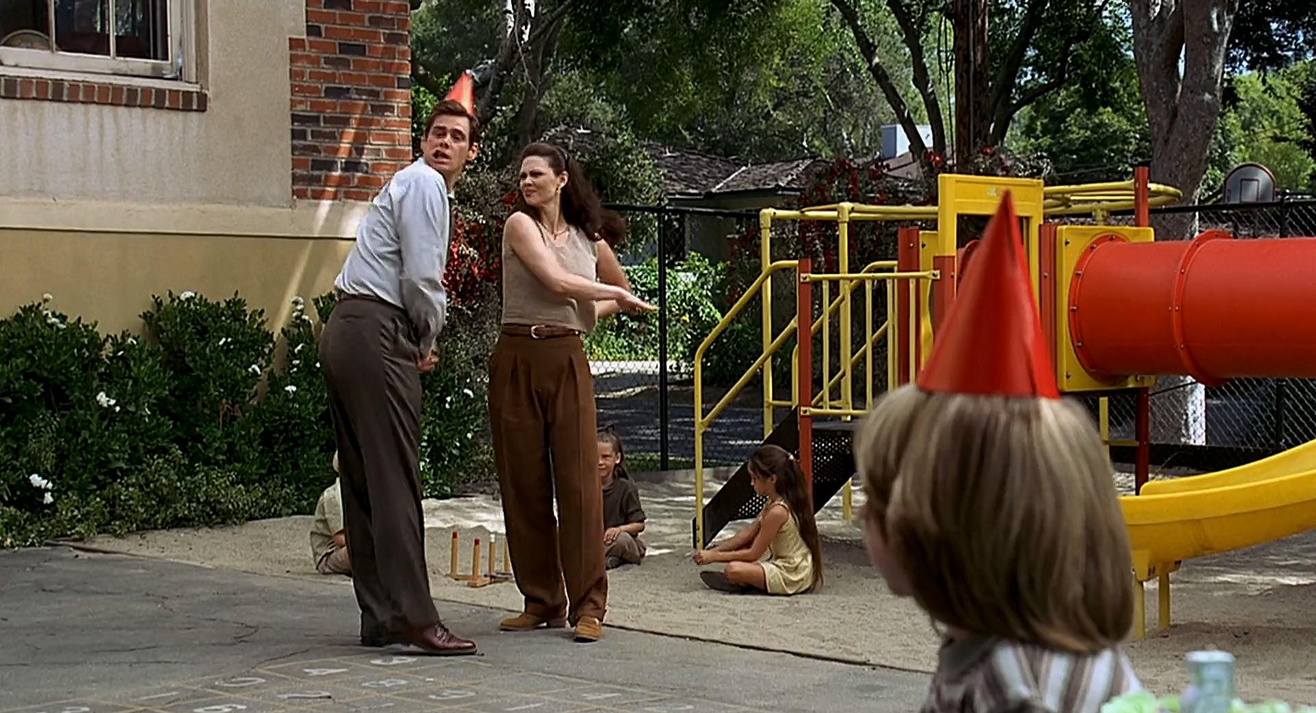 Jim Carrey, Hope Allen, and Justin Cooper in Liar Liar (1997)