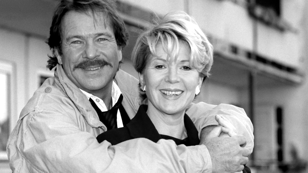 Götz George and Christiane Hörbiger in Schimanski muß leiden (2000)