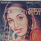 Habib, Kamran, Amrit Rana, Sheikh, Sultan, Maqbool, Nazir Kashmiri, Sheila Kashmiri, Kamal Mohan, Naazi, Narottam Patni, D. Rajkumar, Ranjana Shukla, Sham, A. Sattar, A. Ghani, Naresh Chandra, Iqbal, and S. Pall in Gypsy (1957)