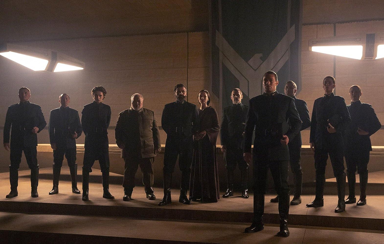 Josh Brolin, Rebecca Ferguson, Stephen McKinley Henderson, Jason Momoa, Oscar Isaac, and Timothée Chalamet in Dune (2020)