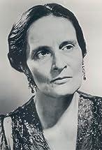 Madeleine Taylor Holmes's primary photo