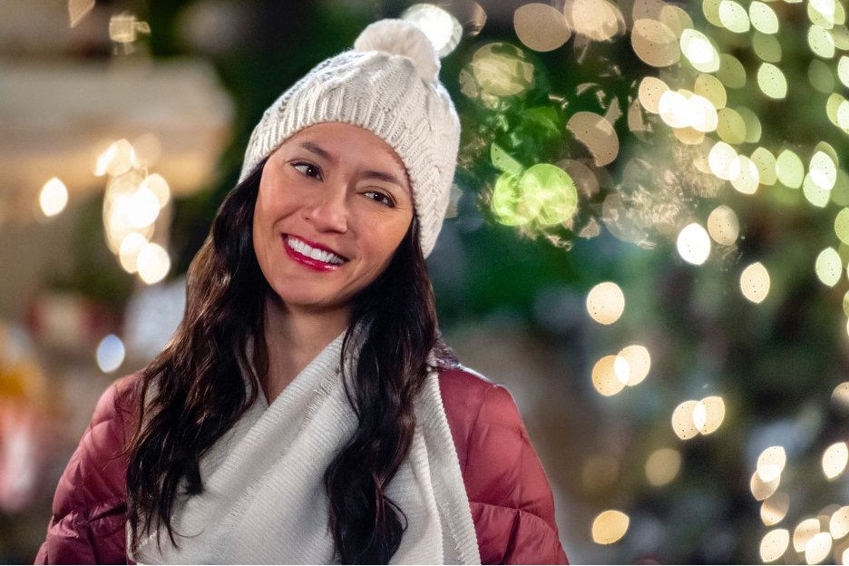Lucia Micarelli in The Christmas Bow (2020)