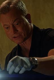 Gary Sinise in Criminal Minds: Beyond Borders (2016)