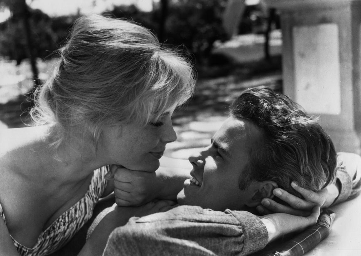 Horst Buchholz and Elke Sommer in Das Totenschiff (1959)
