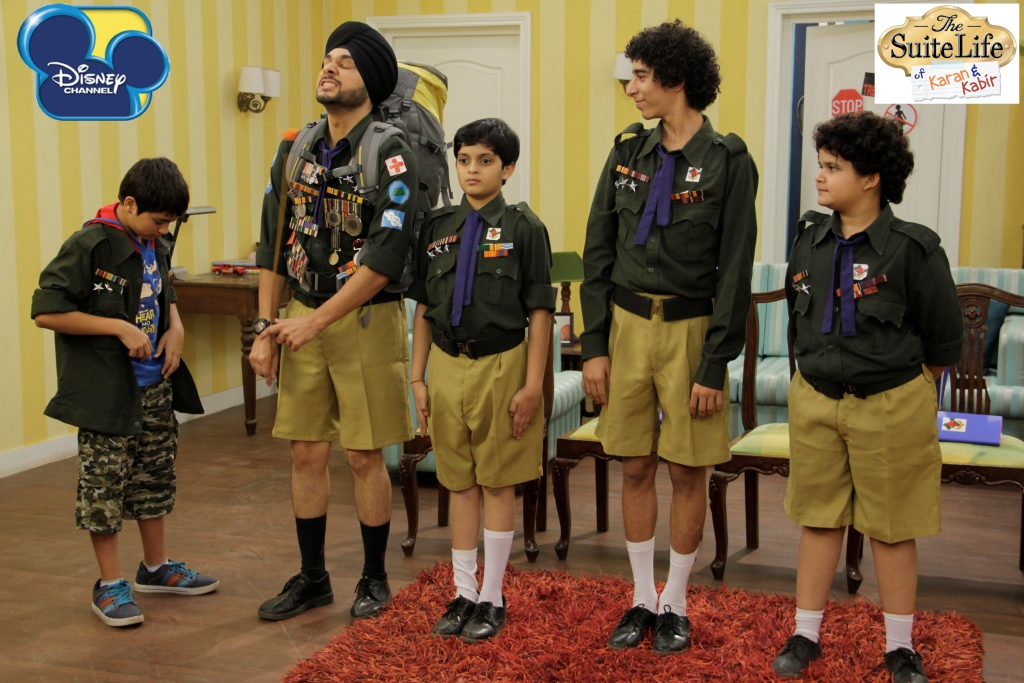 Daman Baggan, Siddharth Thakkar, Saloni Daini, Namit Shah, and Ayush Narang in The Suite Life of Karan & Kabir (2012)