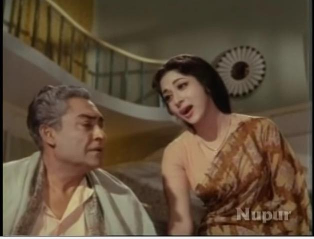 Ashok Kumar and Mala Sinha in Nai Roshni (1967)