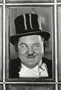 Primary photo for Oliver Hardy