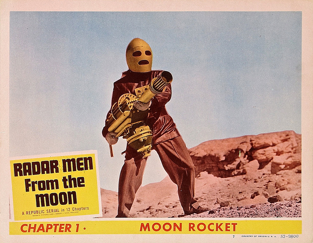 George Wallace in Radar Men from the Moon (1952)