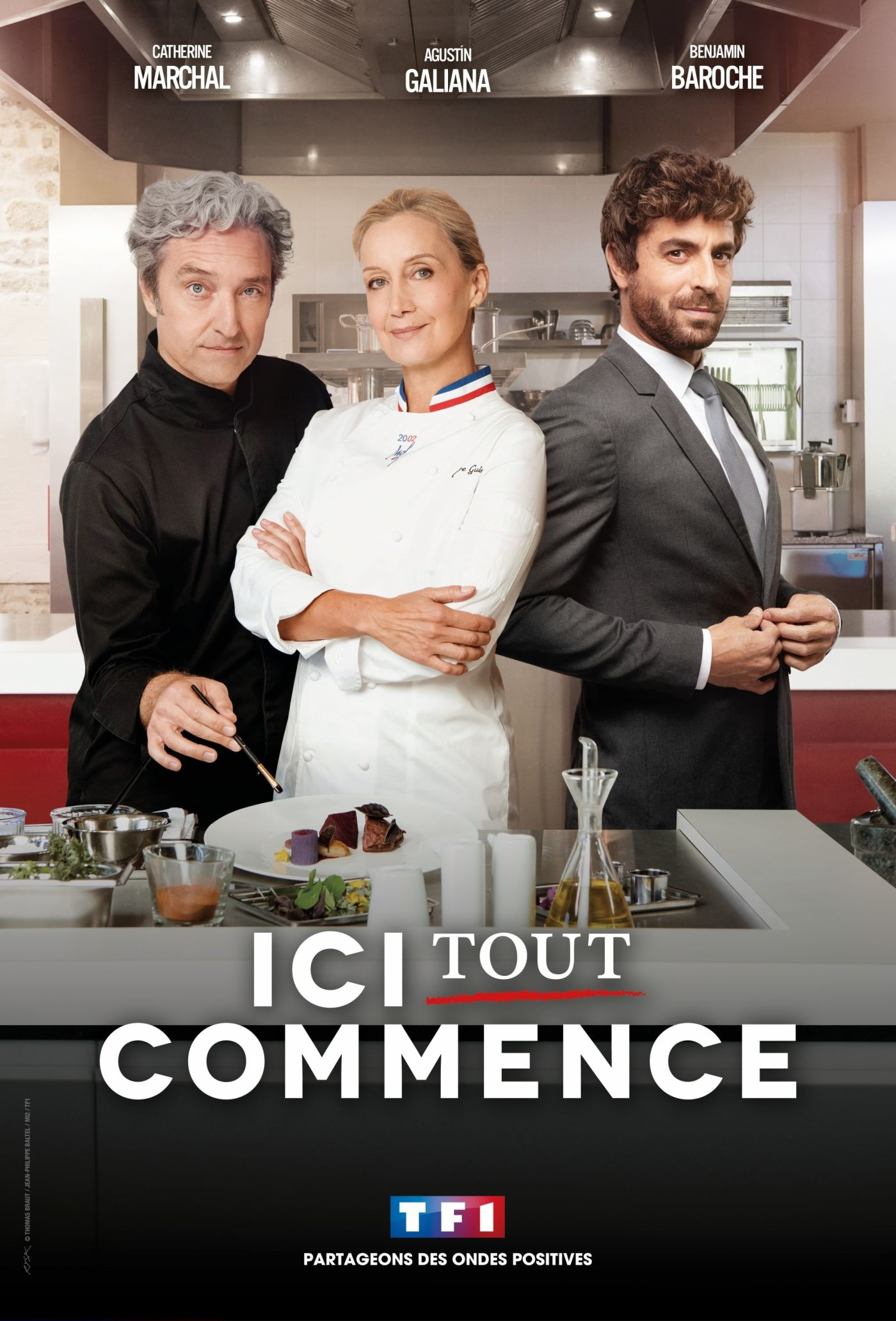 Catherine Marchal, Benjamin Baroche, and Agustín Galiana in Ici Tout Commence (2020)